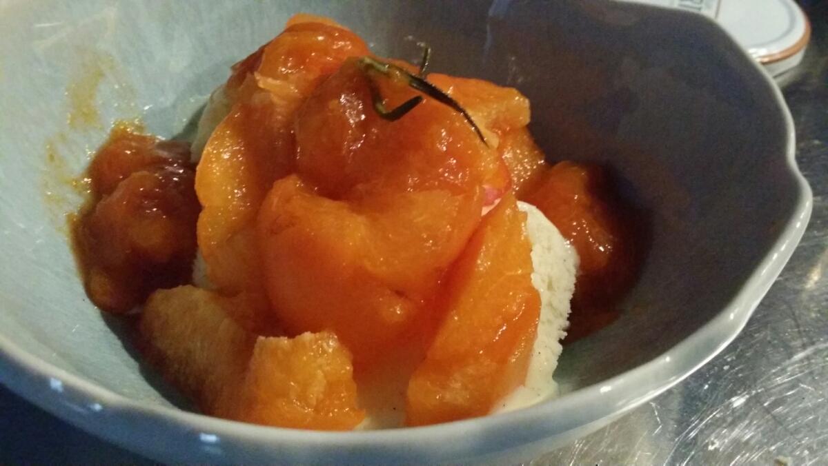 Glace vanille aux 2 abricots