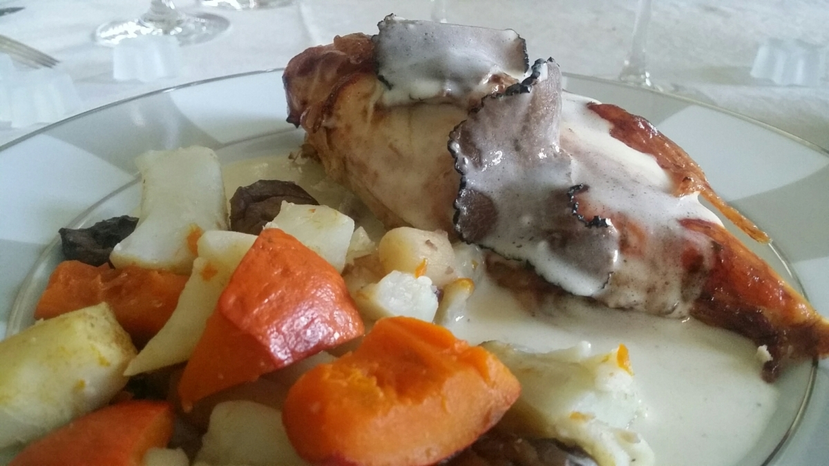 """[Comme un grand chef!] Chapon sauce suprême aux truffes """"Inspiration Paul Bocuse""""."""