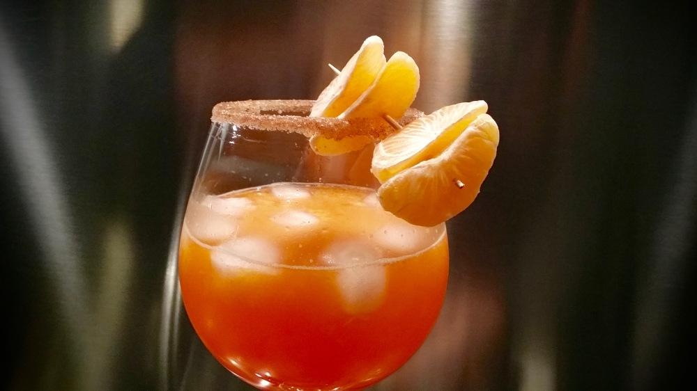 Spritz à la clémentine et à la cannelle.