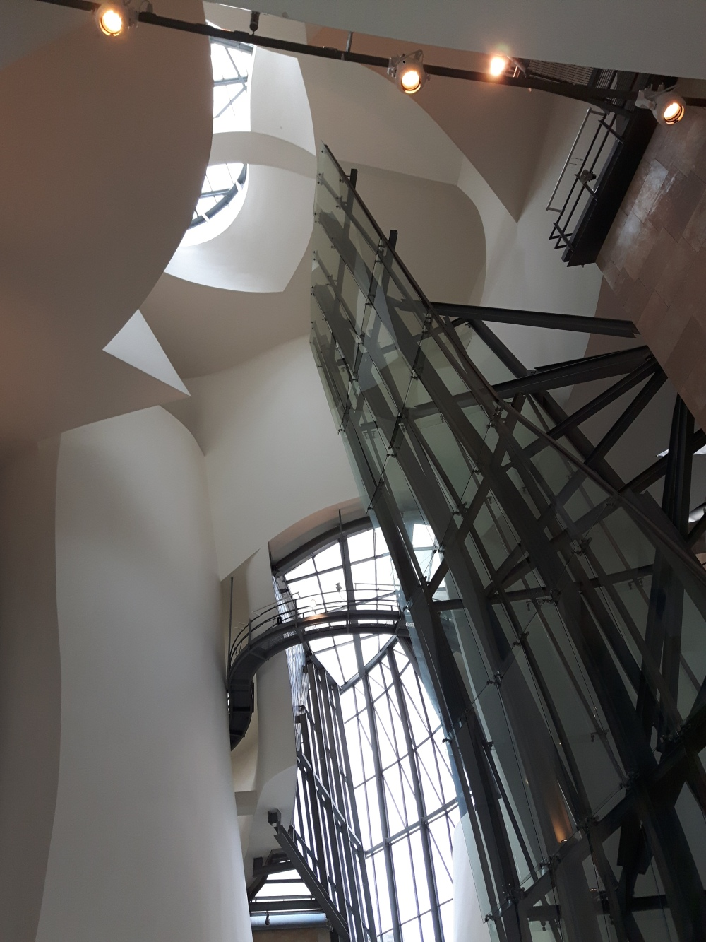 L'architecture intérieure vaut tout autant le coup d'oeil...