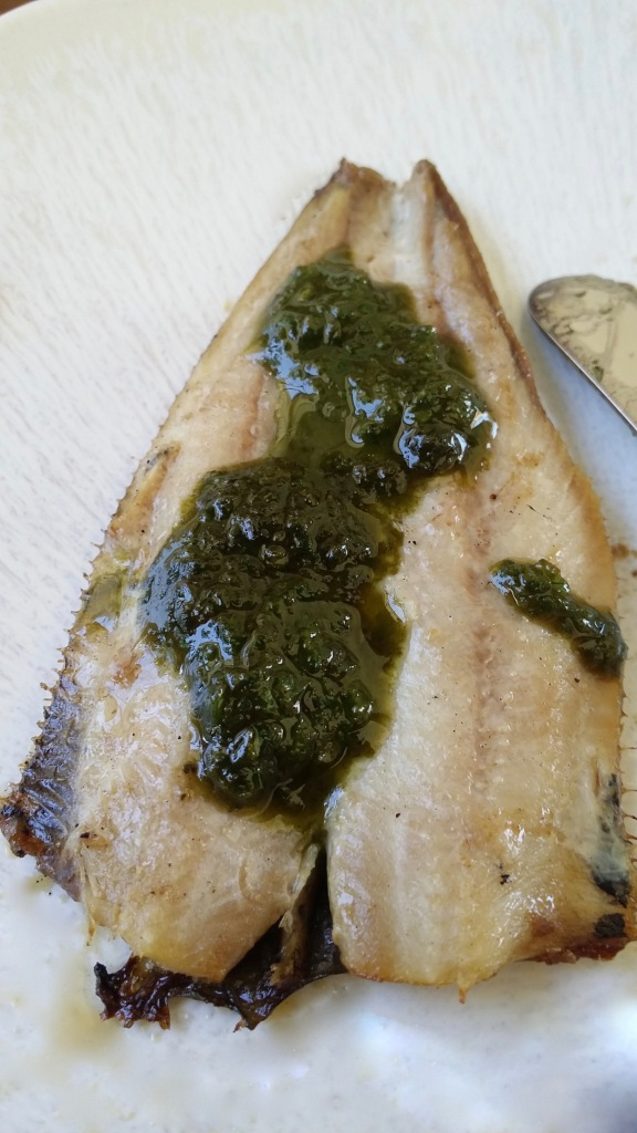 Pesto au basilic et filets de sardines.