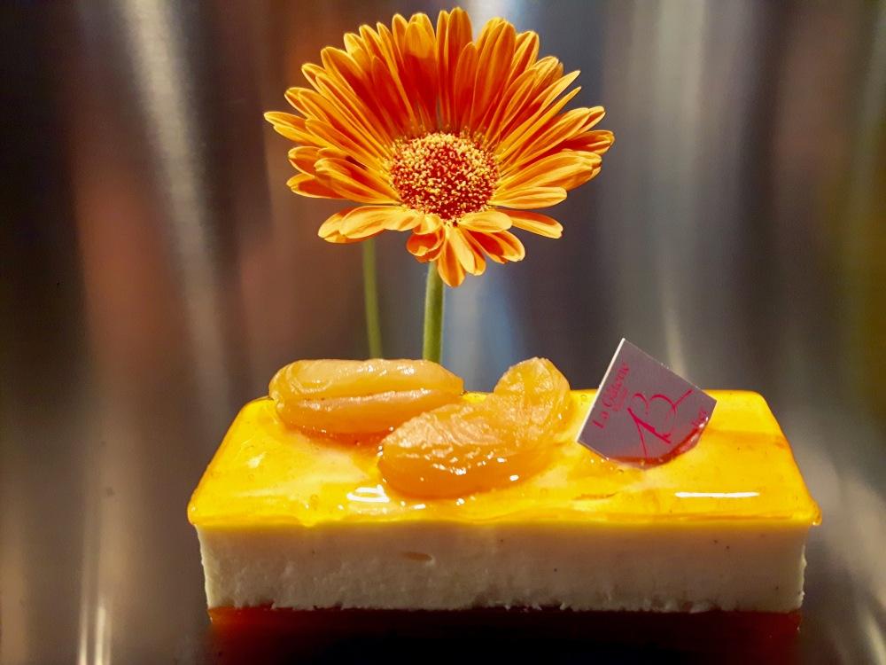 Mini-bavarois aux abricots et à la vanille - Adrien Bachelier.
