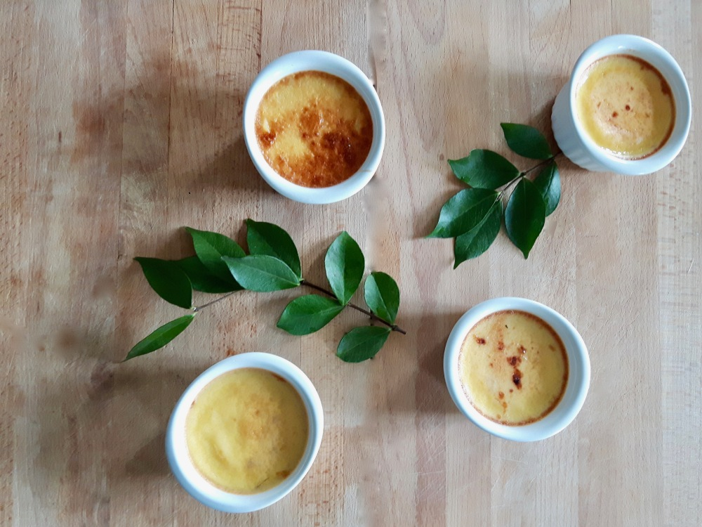 Crème aux oeufs au jasmin.