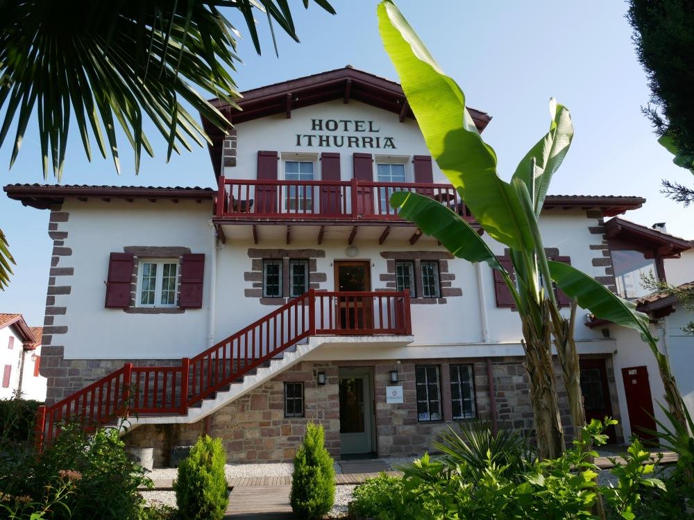 Hôtel Ithurria **** et le restaurant de Xavier Isabal [1 étoile Michelin].